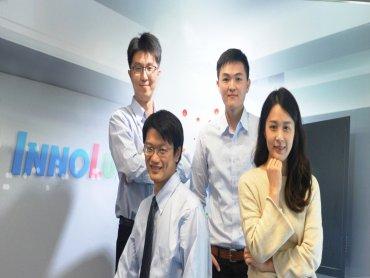 鴻海旗下群創啟動校園徵才 將招募500名工程師