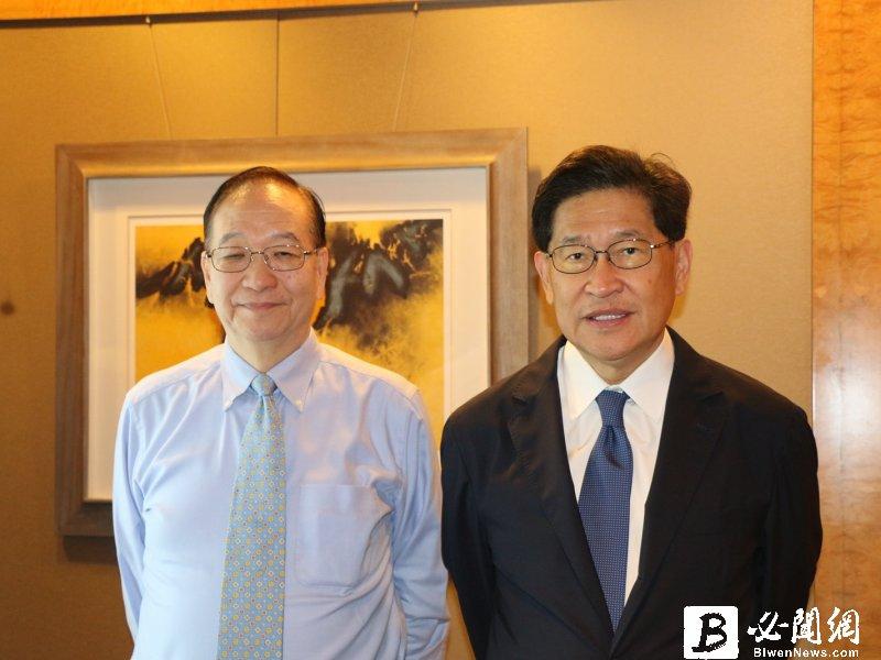 生華科董事長胡定吾(右)與總經理宋台生。(資料照)