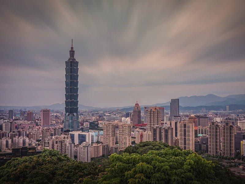 國貿大樓宣布漲租 信義區A級商辦租金全部站上3字頭。(圖/Pixabay )