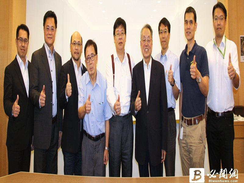 施振榮、林一平發起成立「台灣全球無線平台策進會」 將以「GloRa」品牌立足台灣、放眼世界。(資料照)