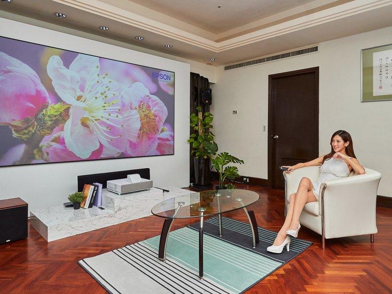 Epson發表智慧4K雷射大電視及多款4K PRO-UHD投影機。(廠商提供)