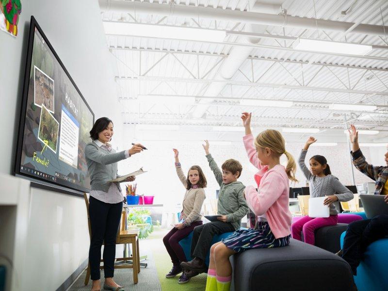 ViewSonic與中華電信攜手為台南市1221間傳統教室升級至創新教育環境。(廠商提供)