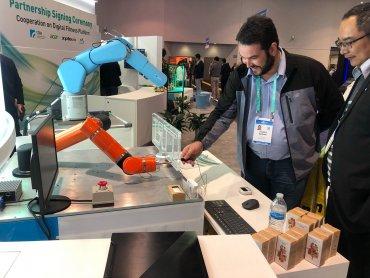 工研院大秀智慧製造研發實力 高端機器人、Micro LED閃耀CES