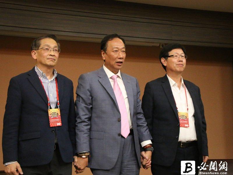 鴻海創辦人郭台銘:公司交給劉董跟李副董 他專心看新科技。(資料照)