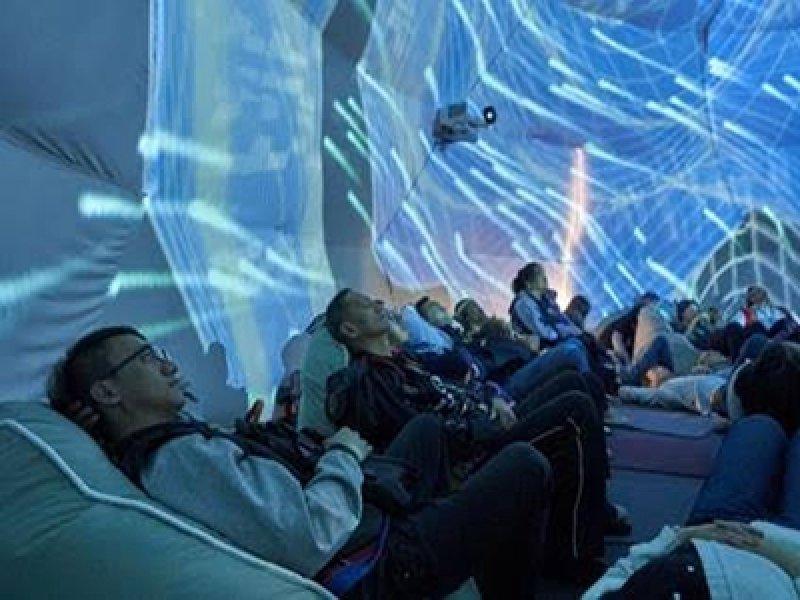 ViewSonic攜手知名策展人高培華 打造亞洲第一360度全穹頂森林星空。(廠商提供)