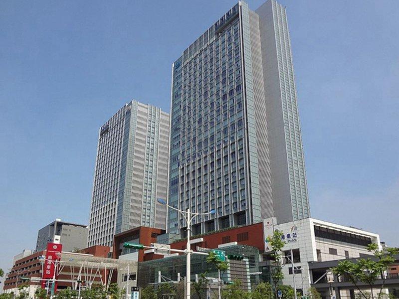 新東區門戶大翻身 上市櫃公司土地交易南港衝第一。(摘自維基百科)