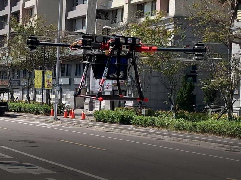 遠傳以高空無人機360°優化5G網路 全面加速5G開台。(遠傳提供)