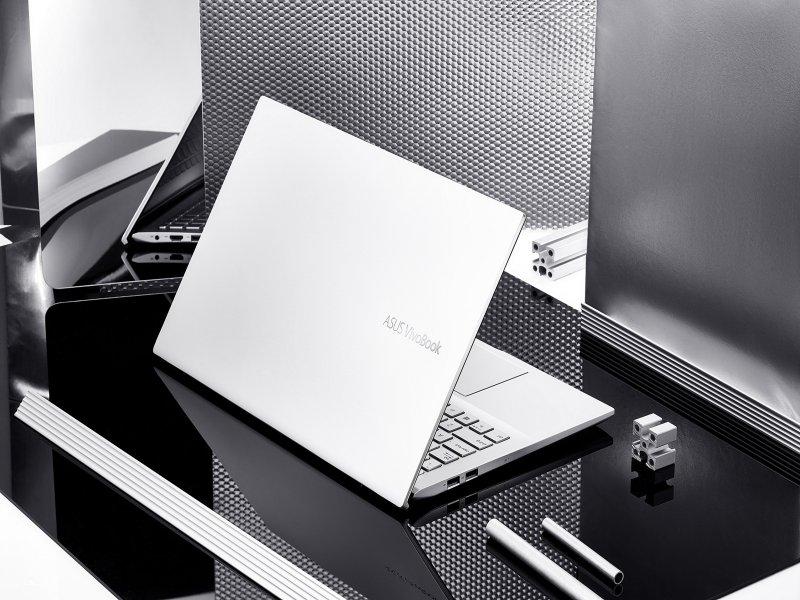 華碩獲《LAPTOP Magazine》全球最佳筆電品牌冠軍。(華碩提供)