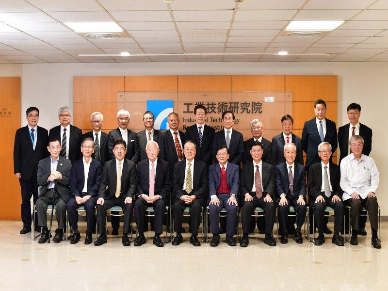 工研院院士倡議 跨域創新產業生態系 臺灣轉型發展新契機。(工研院提供)