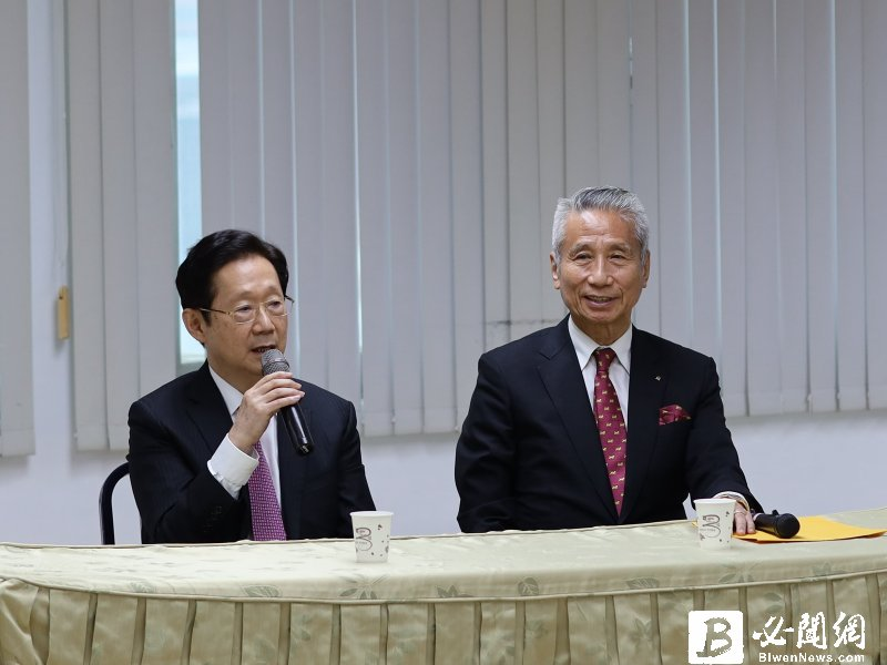 董事會全票通過 林文淵(左)出任大同董座 林郭文艷為榮譽董座。(資料照)