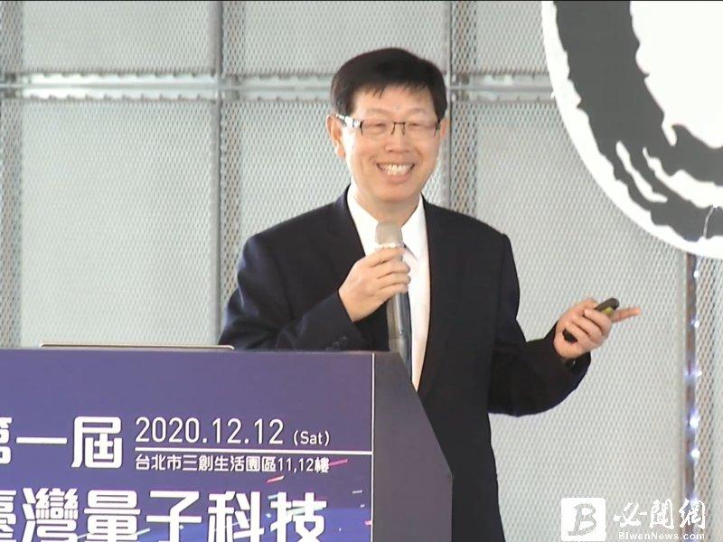明年景氣狀況?鴻海劉揚偉:明年一定比今年好。(資料照)