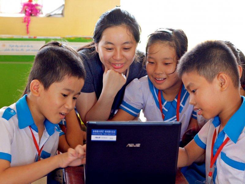 華碩文教基金會招募i-Taiwan數位志工團。(華碩提供)