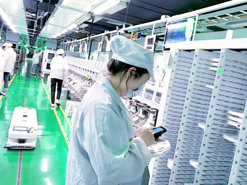 鴻海成都廠獲評世界經濟論壇燈塔工廠。(鴻海提供)