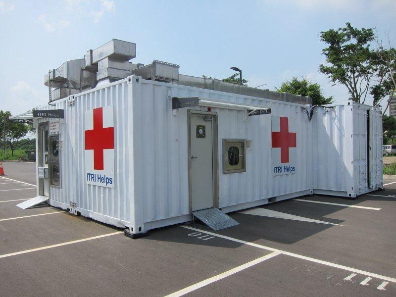 工研院攜手奇美醫院建置「貨櫃組合式微負壓超高通量新冠病毒檢測實驗室」。(工研院提供)