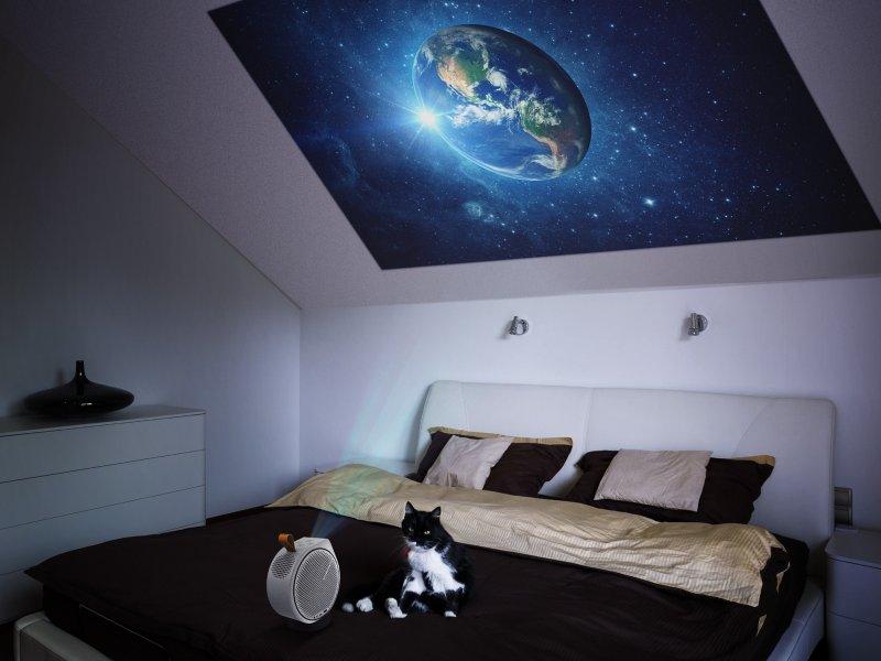 BenQ推出世界第一款2.1聲道搭載AndroidTV智慧平台系統的LED行動微型投影機。(廠商提供)